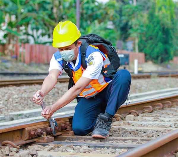 iklan perusahaan pt kereta api indonesia