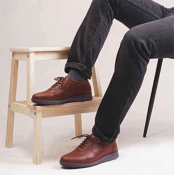 iklan sepatu amble