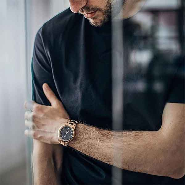 iklan jam tangan daniel wellington