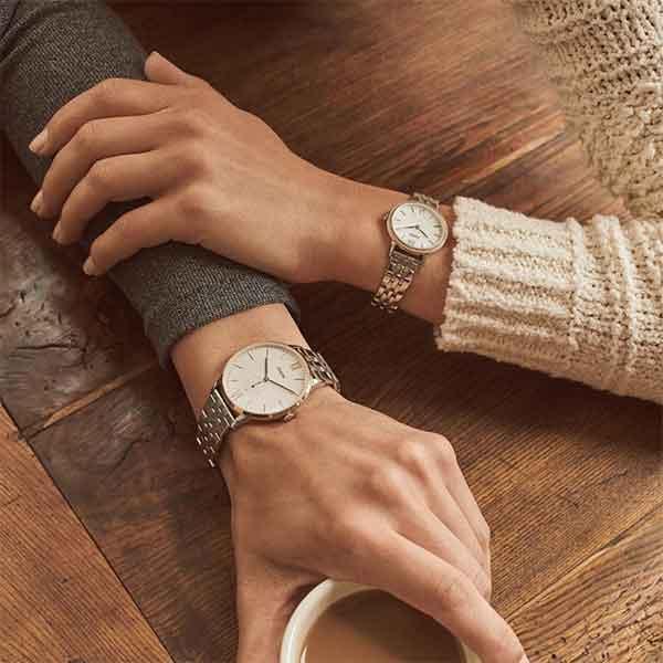 iklan jam tangan fossil