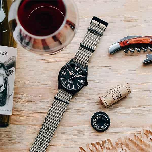 iklan jam tangan orient